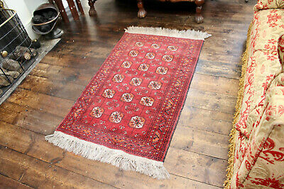 A Good Vintage Hand Knotted Pure Wool Country House Baluch Rug 30 x 54 Inches