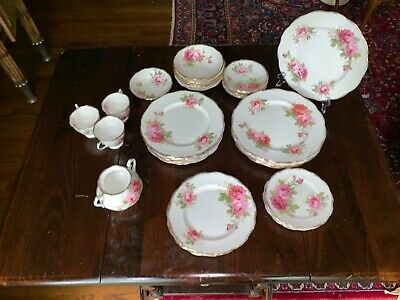 Vintage Royal Albert American Beauty Crown China England,42 pieces, reduced