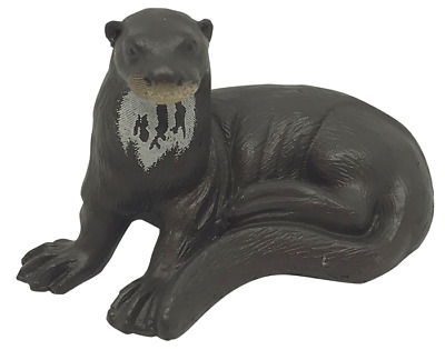 Giant River Otter Wild Water Series Yowie With Paper