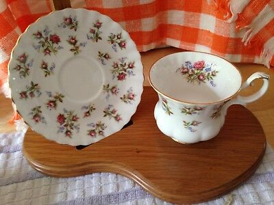 """Footed Cup & Saucer Bone China ROYAL ALBERT """"WINSOME"""" WHITE BACKGROUND"""