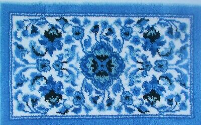 "LATCH HOOK RUG  KIT  "" BLUE ELEGANCE RUG"" Floral design by Mary Maxim"