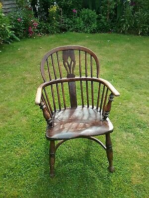 Antique bow back, elm seated Windsor armchair, country made