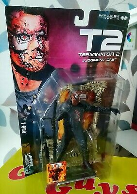 T2 Terminator 2 Judgment Day Movie Maniacs 4 T-800 Action Figure