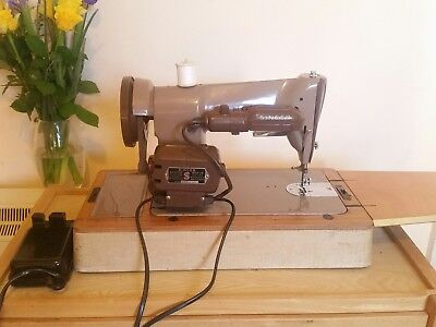Singer 185k heavy-duty sewing machine ~ fully working ~ excellent condition