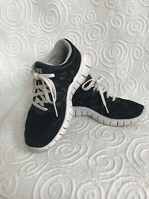 NIKE WOMENS 443816 313 Free Run +2 size 6 Preowned shoes