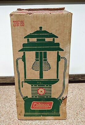 Vintage Green Coleman 220F195 Two Mantel Floodlight Lantern USA Made -Never Used