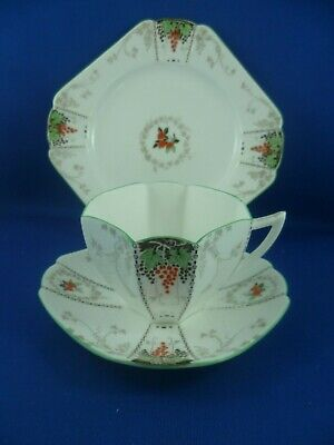SHELLEY Queen Anne GRAPE BUNCHES & VINES Cup saucer & plate RD723404 Pat11731