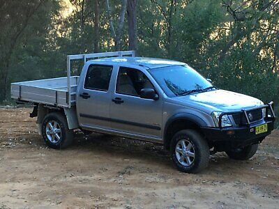 06 HOLDEN RODEO 4 x 4 DIESEL LX  5 sp MANUAL TWIN CAB.