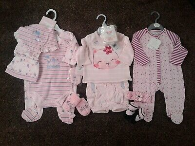 Bundle of baby girls clothes size 0-3 months New
