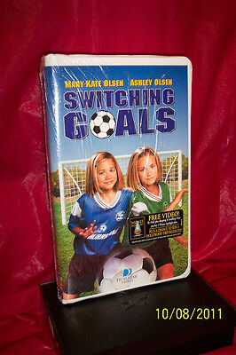 Switching Goals (VHS, 2000, Clam-shell)