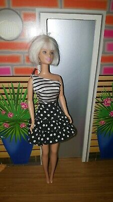 Barbie Doll Dressed No shoes