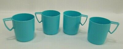 af3ffca42f0 Vintage Mid Century Plastic Picnic Mugs Cups Camping Decor Turquoise Set of  4 VG