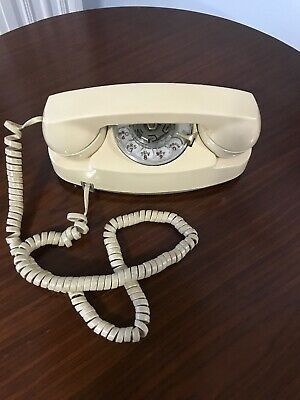 Vintage Bell System Beige The Princess Phone Rotary Dial Telephone Working MCM