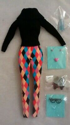 Looks a Plenty Poppy Parker complete sweater outfit fashion FR Integrity Toys