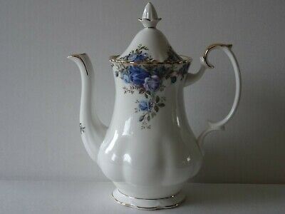 Royal Albert Moonlight Rose Medium Coffeepot Teapot Bone China England