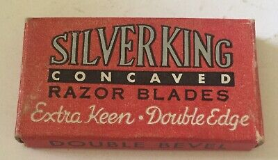 Super Rare Collectible Vintage Razor Blades BB22  SILVER KING?  Medford, Purple