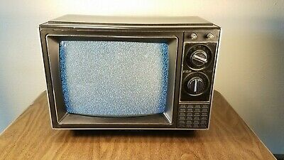 Vintage 1986 Rca Xl-100 13 Inch Tv Model# Emr330E Television Beautiful!!!
