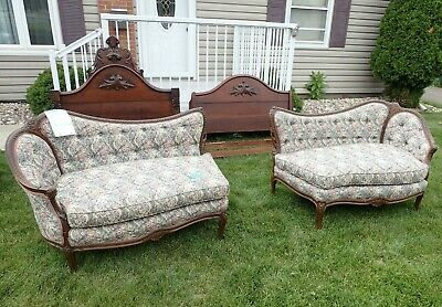Antique French Louis XV Style Chaise Lounge/ Settee/ Love Seat/ Late 19 Century