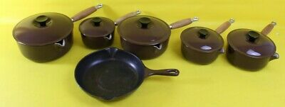Bundle Of Matching Brown Le Creuset Pots & Pans ##RUFI3RG