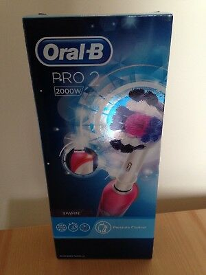 *Brand New* Oral-B Pro 2 2000W Electric Rechargeable Toothbrush