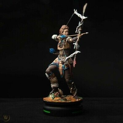 Modern Icons - Thinkgeek - Horizon Zero Dawn - Aloy Statue