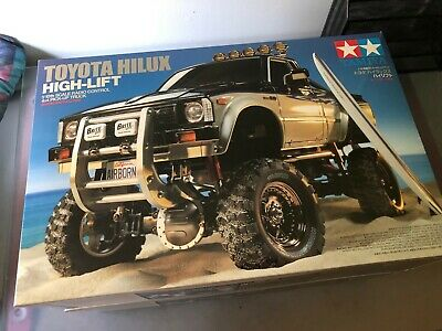 Tamiya 9115195 M Parts License Plates High-Lift Toyota Hilux High Lift