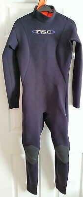 Ladies Full Length Warm Wetsuit Size 14 Chest 32-34 Inches