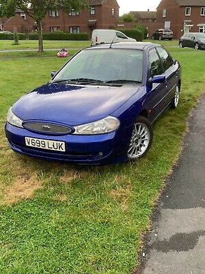 ford mondeo st200 car