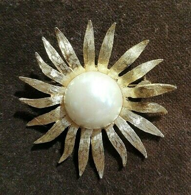 spilla vintage firmata dorata a sole - Signed sun Gold Toned and pearl Brooch