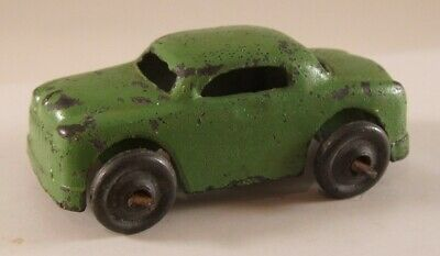 Vintage Antique Miniature metal car in green, approximately 1.3'' long (USED)