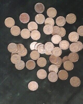 COLLECTION OF 50 GEORGE VI BRASS THREEPENCE 3d COINS