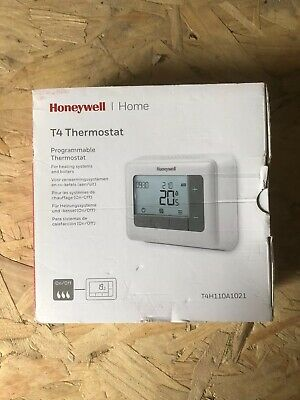 Honeywell T4 T4H110A1021 Wired Programmable Thermostat