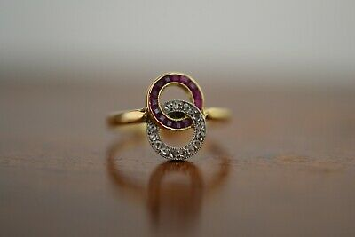 ANTIQUE ART DECO 18k Yellow Gold Ruby and Diamond Engagement Ring 2.6 Gr