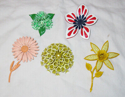 Lot 5 1960s 1970s Metal Flower Power Pins Broaches  Daisy Enamel Yellow Pink