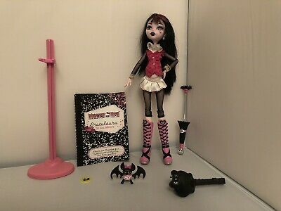Monster High Draculaura 1st Wave Doll With Pet