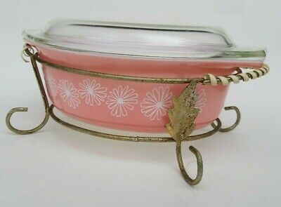 Pyrex Pink Daisy 1.5 Qt Lidded Oval Baker Vintage Casserole 943-C with Stand