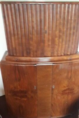 Beautiful Antique ART DECO c1930 Walnut Wood Cocktail Drinks Cabinet Bow fronted