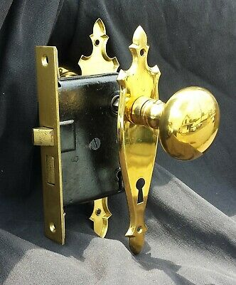 Antique Vintage NOS Brass Interior Door Hardware Lockset Knob Plate Lock Screws