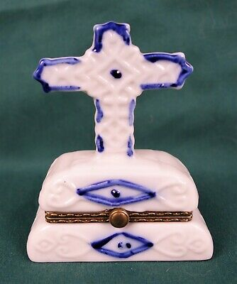 Rare Antique Blue and White Porcelain Figural Cross Pill Box