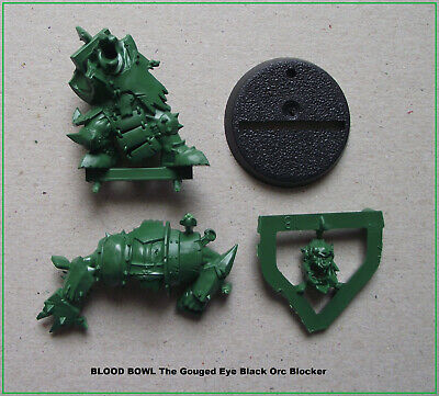 BLOOD BOWL Figurine The Gouged Eye Black Orc Blocker + socle 32mm