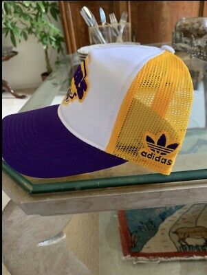 e3296d257 DEADSTOCK VINTAGE LOS Angeles Lakers 90's Athletic Logo Youngan NBA ...