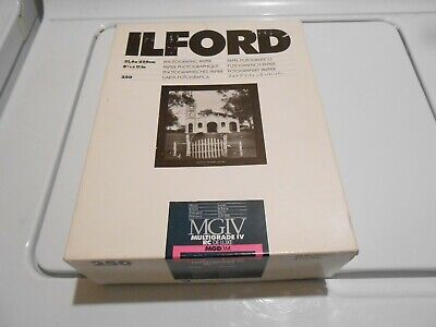 Ilford MGIV Multigrade IV RC Deluxe Glossy 8 1/2 x 11 190 Sheets