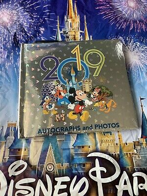 NEW Disney Parks Mickey & Friends 2019 Autograph Photo Book With Pen in Plastic