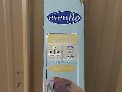 NEW Baby Safety Gate Evenflo Soft and Wide Mesh Fabric Portable Expandable 60491