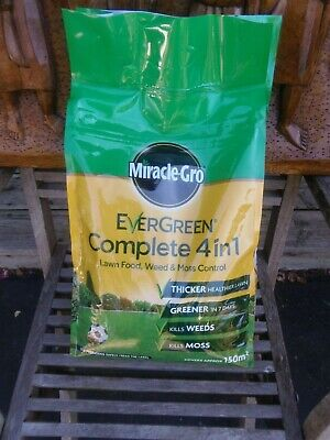 Miracle grow lawn feed and weed 4 in 1 150 sq metres