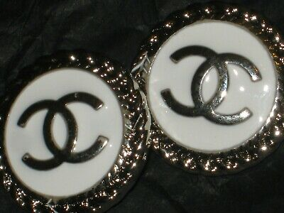 CHANEL  2 AUTHENTIC white SILVER cc 18 MM BUTTONS THIS IS FOR TWO