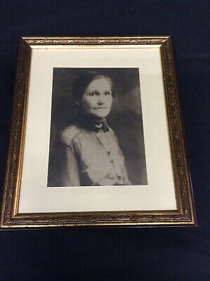 "6 x 9"" Black & White photo of Woman-framed"