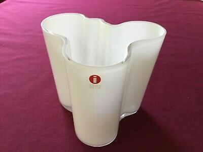 "IITTALA White Vase by  Alvar Aalto  Finnish FINLAND 95mm 3 3/4"" tall with BOX"