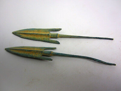 Superb 2pcs special ancient Chinese bronzes with different types of arrows &h54