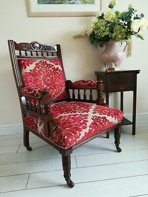 Victorian Embroidered Carved Oak Framed Library Reading Chair Gillows Style Legs